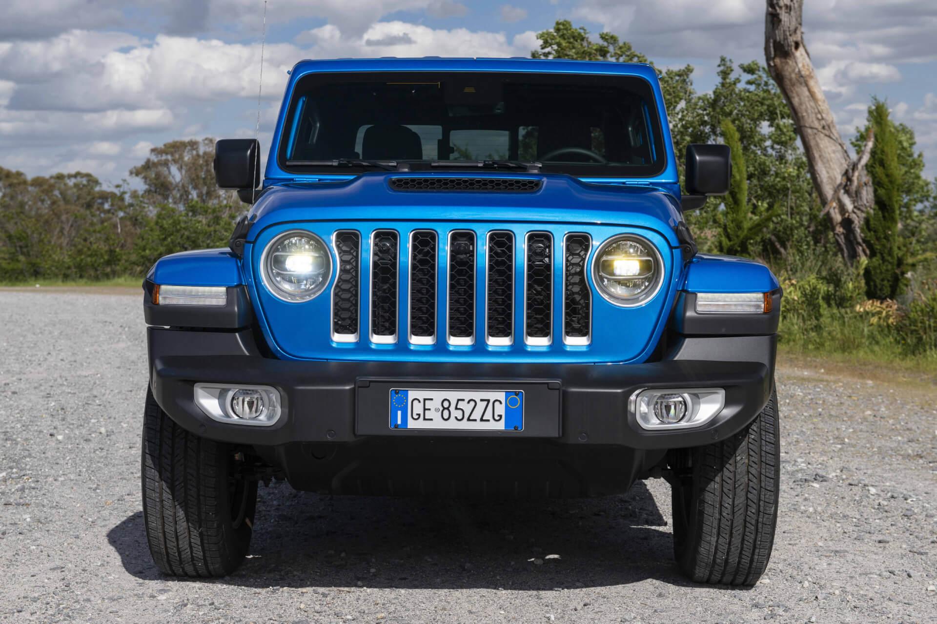 Jeep Gladiator 2021  06