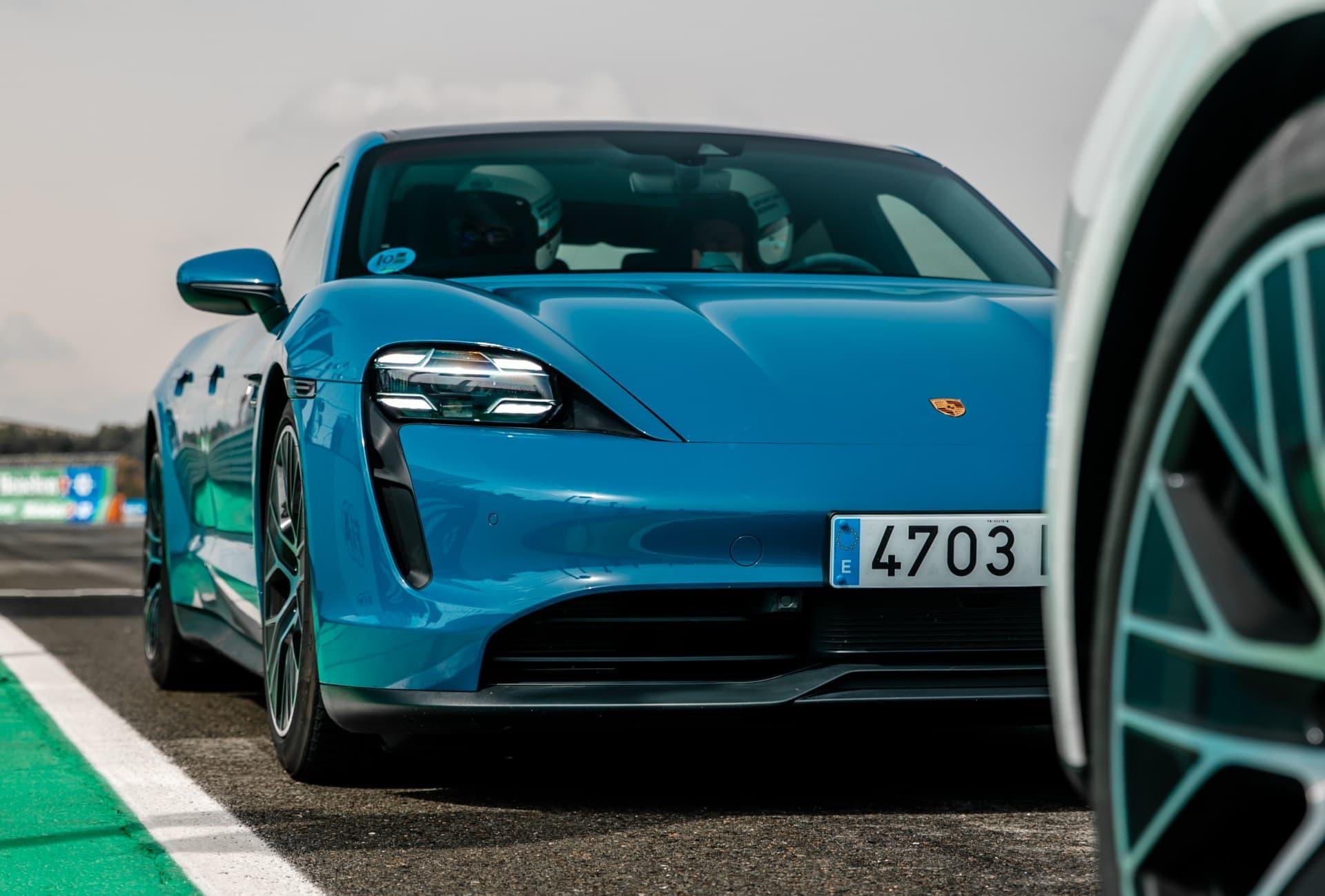 Porsche Taycan Valencia Cheste 3