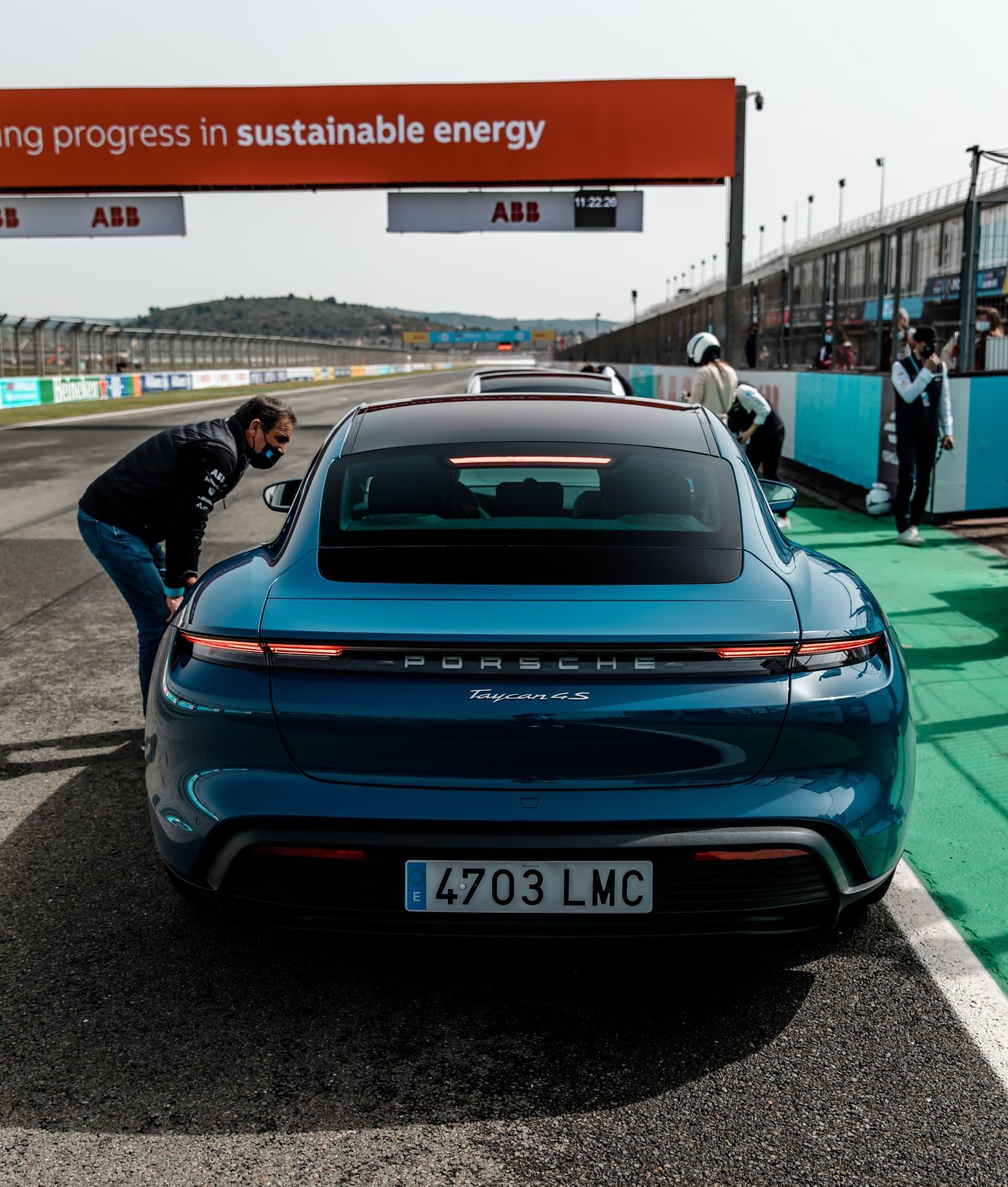 Porsche Taycan Valencia Cheste 4