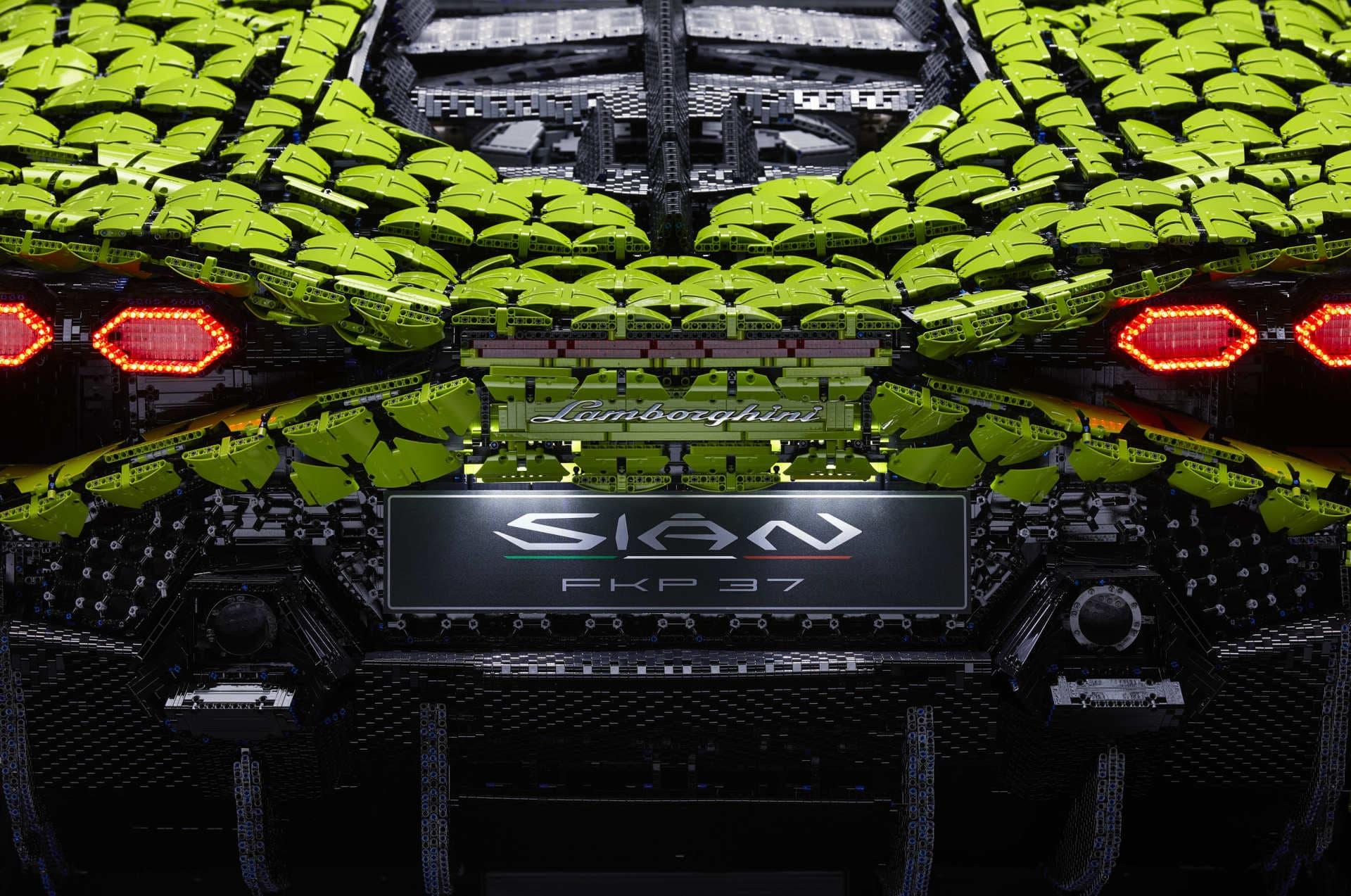 Lego Lamborghini Sian Tamano Real 18