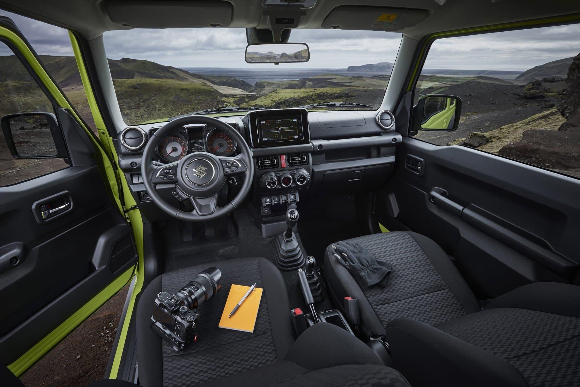Suzuki Jimny Hibrido Toyota 06