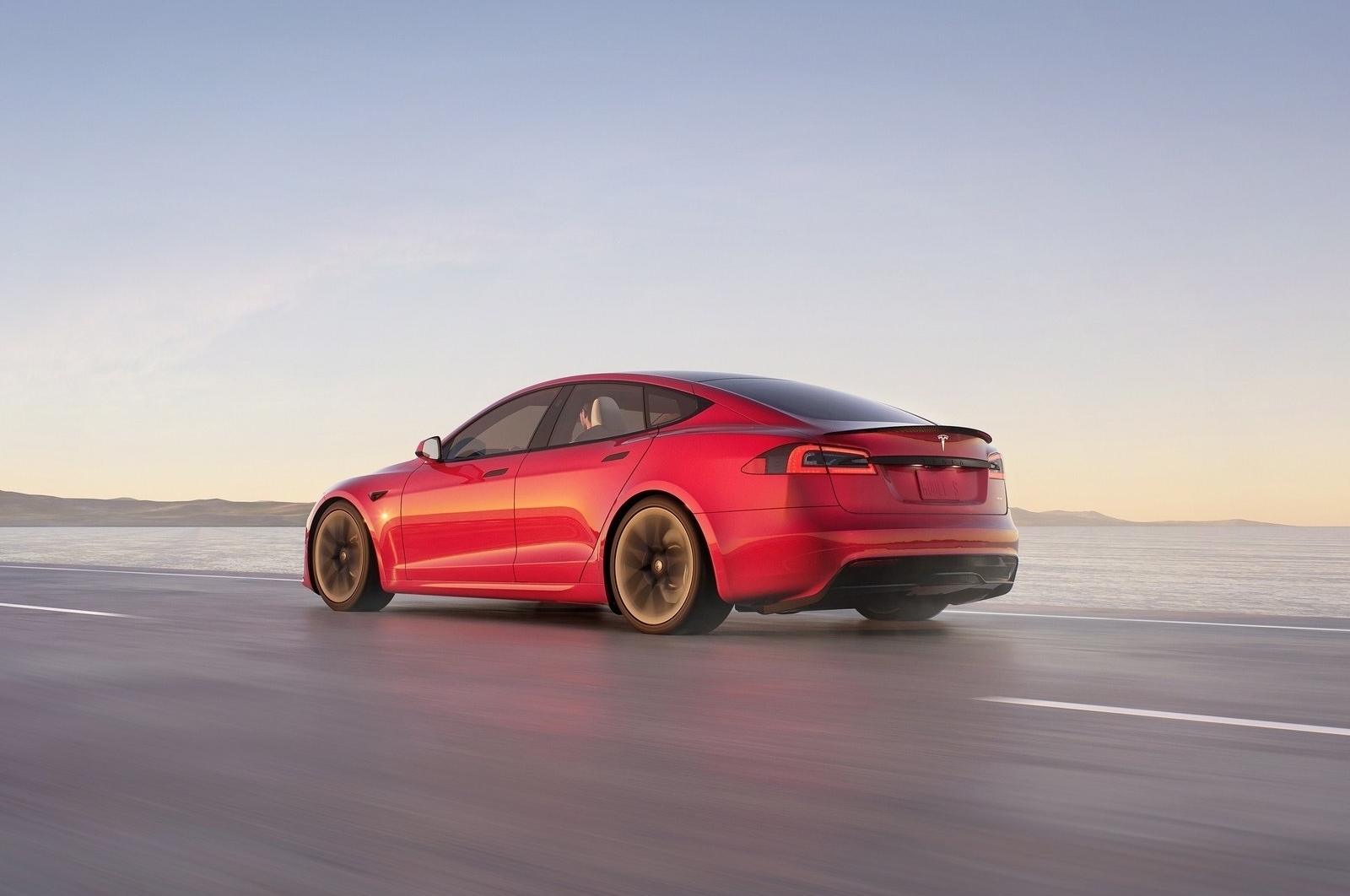 Tesla Model S 2021 0621 010