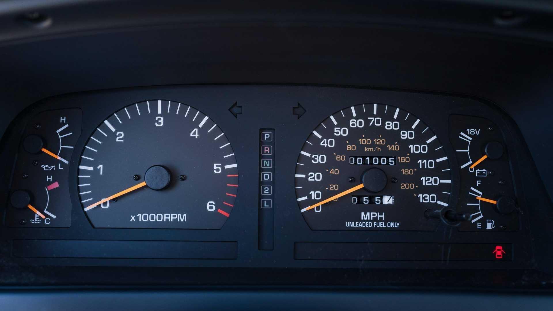 Toyota Land Cruiser Fzj80 01