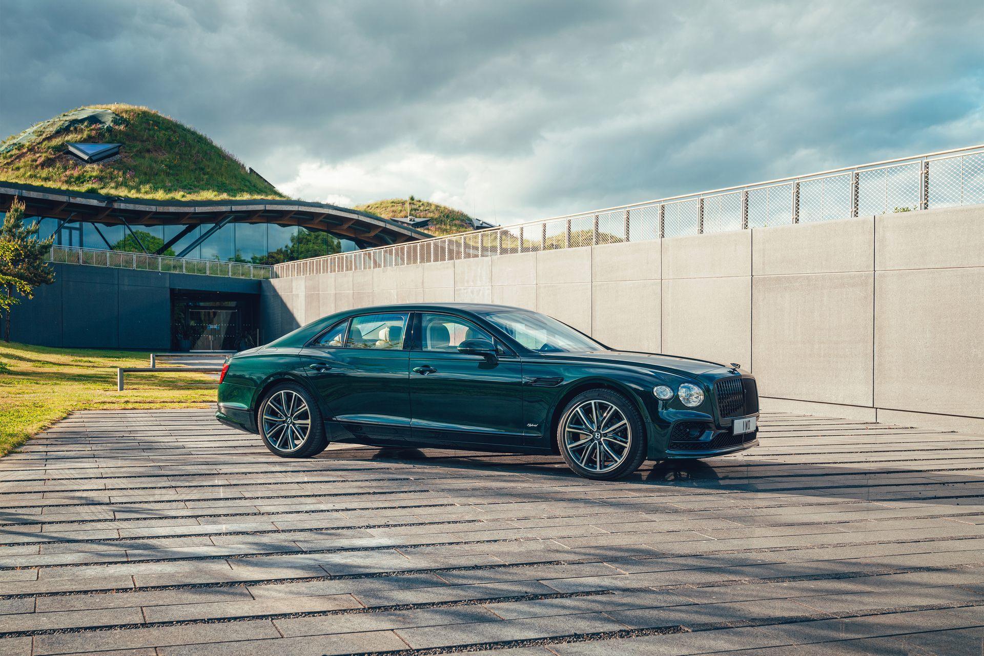 Bentley Flying Spur Hybrid 2022 12
