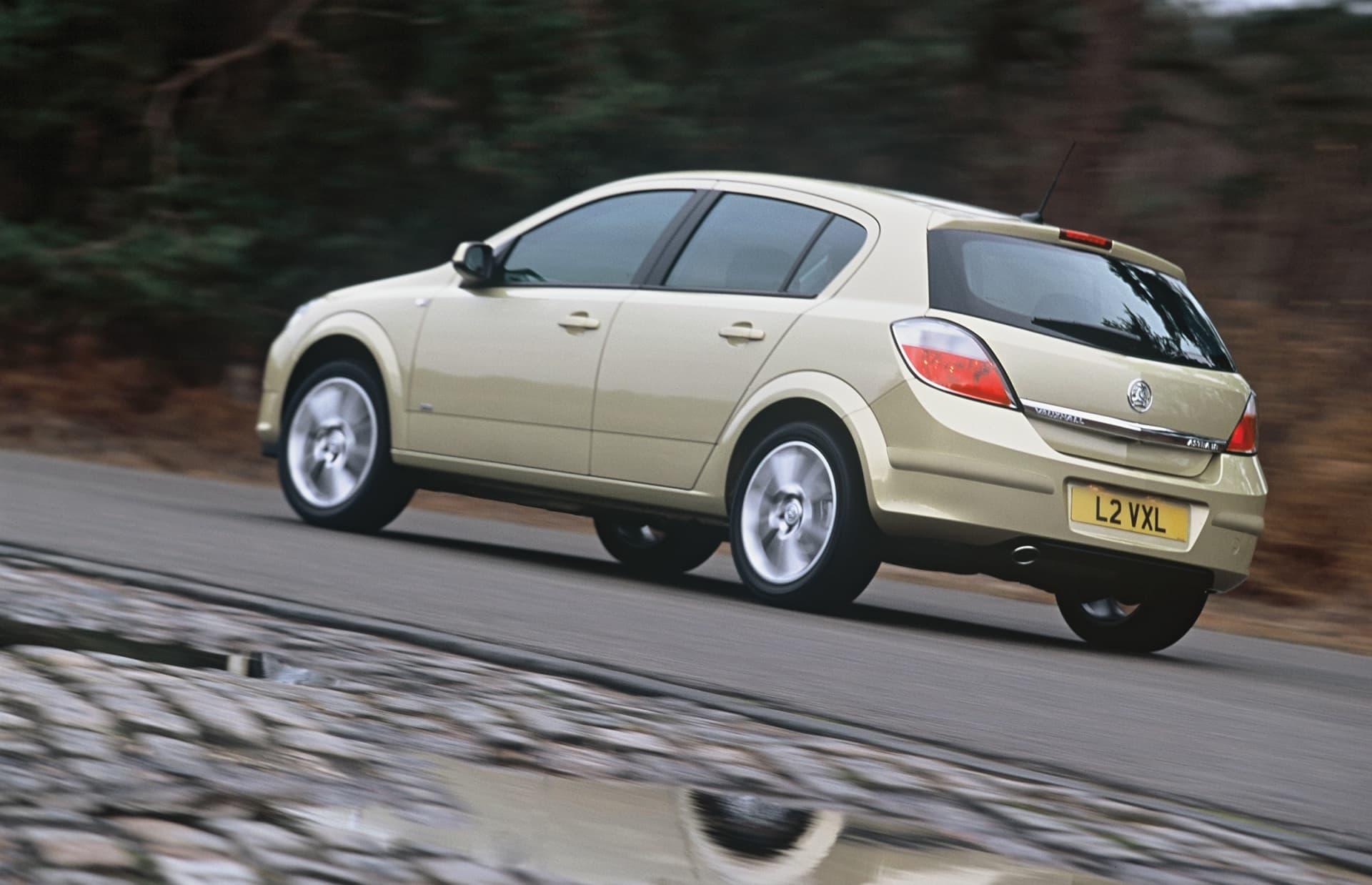 Opinion Extincion Coches Tres Puertas Opel Astra 04 5p