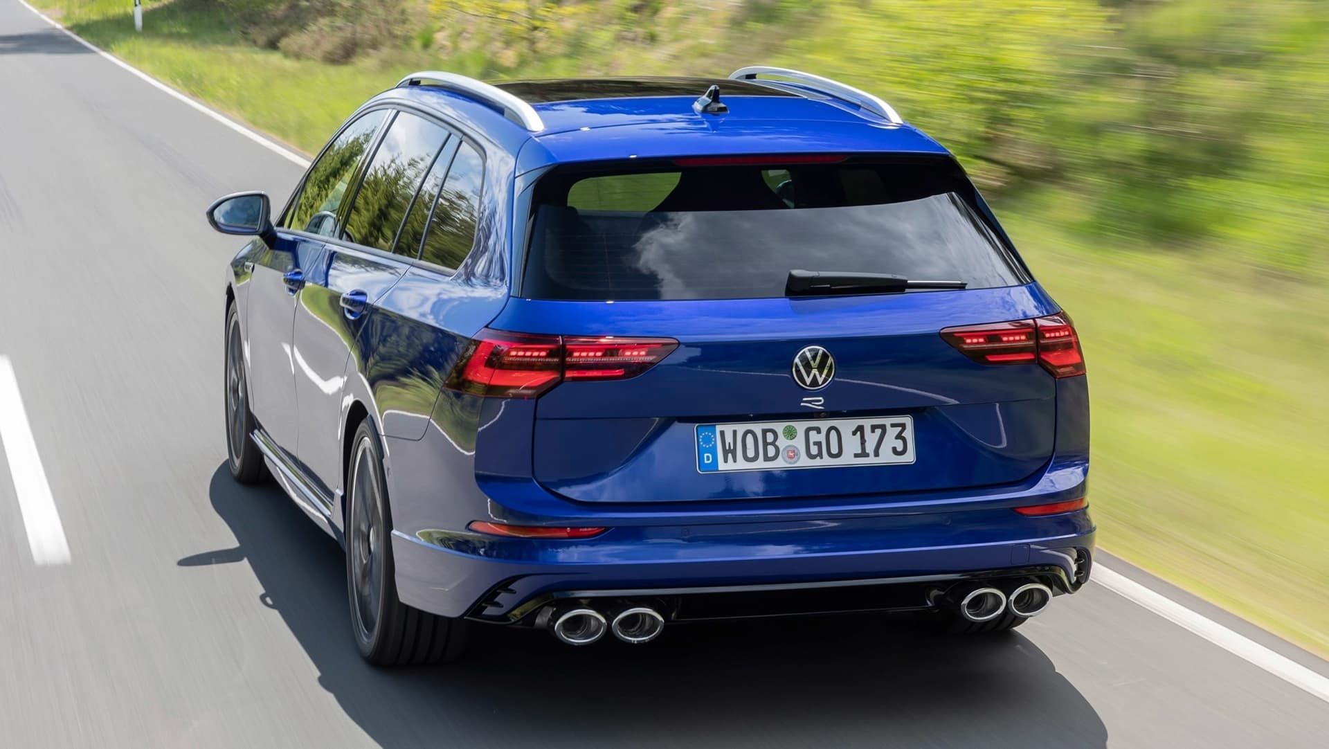 Volkswagen Golf R Variant 2021 0621 016