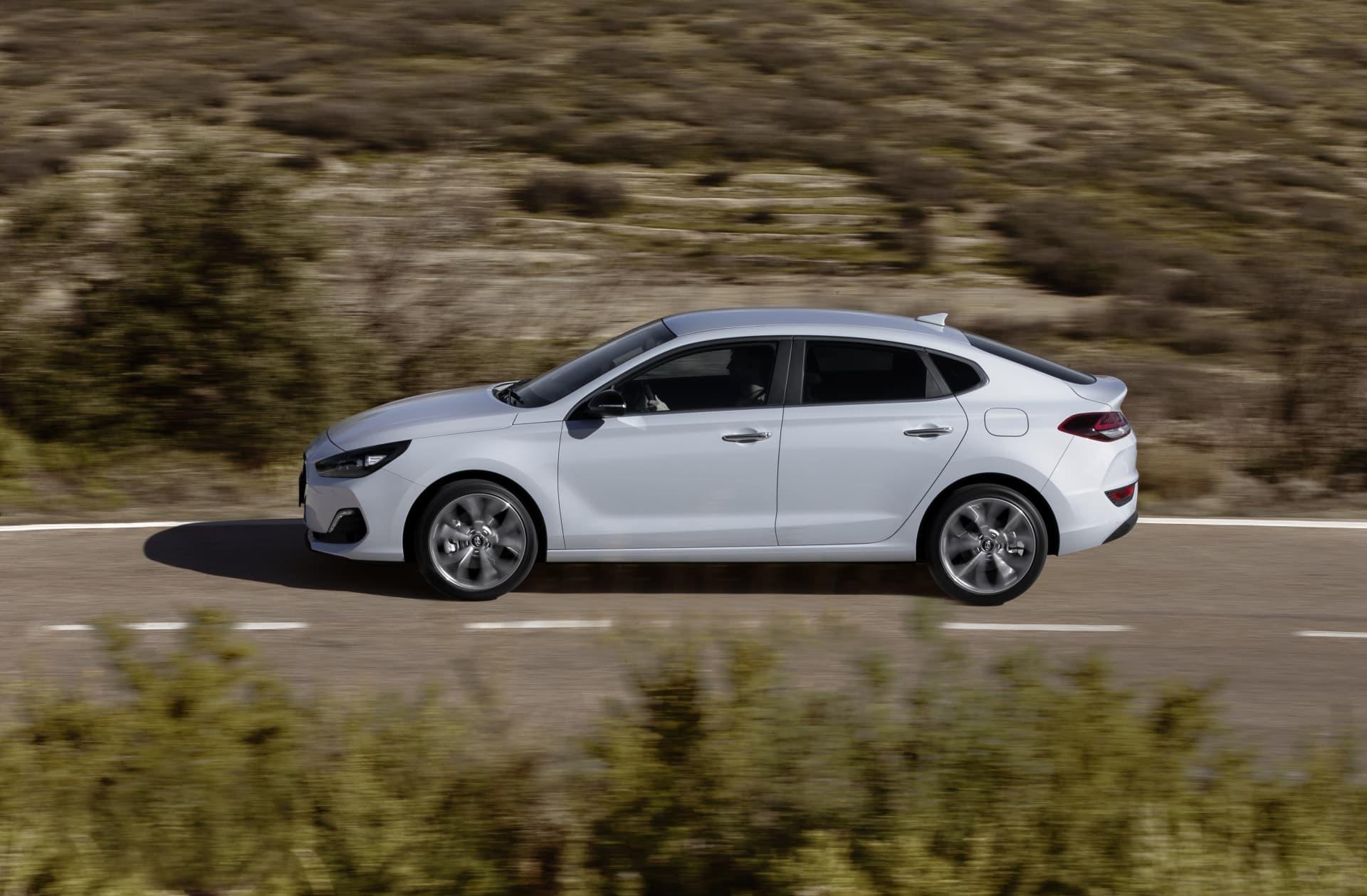 Hyundai I30 Fastback Oferta Agosto 2021 08 Exterior