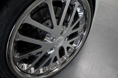 Audi-R8_wheelsandmore_04.jpg