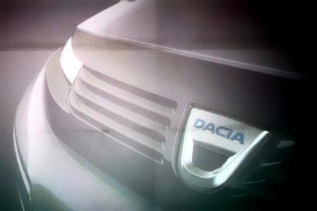 Filtradas las primeras fotos de un prototipo de coupé Dacia