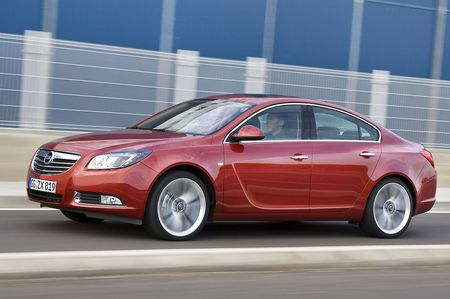 Opel-insignia-post-2.jpg