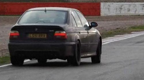 Aprende a driftear un BMW M5 con Chris Harris, vídeo