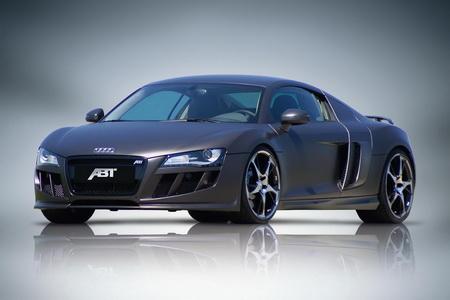 ABT Audi Q7 y R8 con cubierta carbono mate