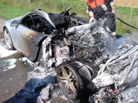 Audi R8 arde casi completamente por un fallo hidráulico