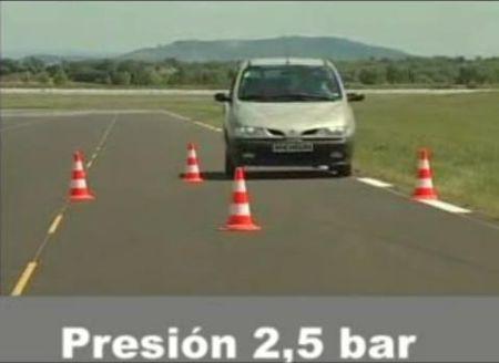 Consecuencias de una baja presión en los neumáticos, vídeo