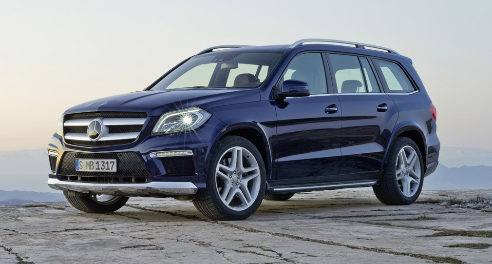 Watch besides Mercedes Clase Gl as well Brabus 2013 Mercedes GL 2 further 444481 22 Mb 8 W 305 40 22 S in addition 2013 Mercedes Benz Gl450 Vs 2012 E350 4matic Wagon. on gl450 amg