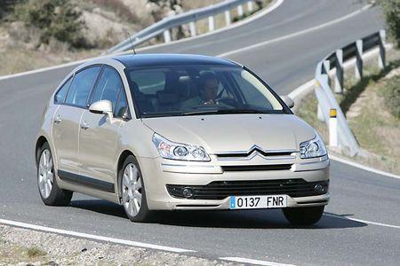 Compactos, automáticos y turbodiésel: Renault Mégane, Citroën C4 y Peugeot 308