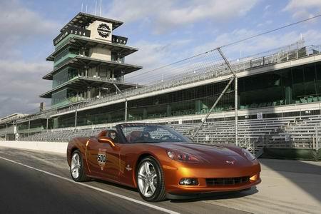 Corvette Z06: variantes Ron Fellows ALMS GT1 e Indy 500 Pace Car