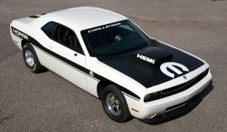 Dodge Challenger y el Drag Race Package