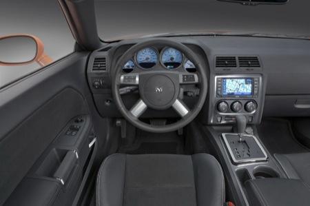 Dodge Challenger SRT8, imágenes también del interior previas a Chicago