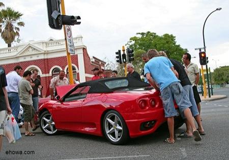 Cómo dividir el frontal de tu Ferrari 360 Spider, las fotos