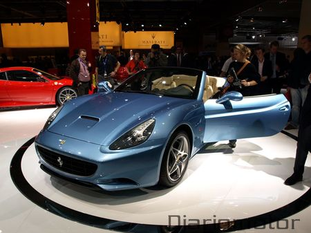 Ferrari California en París 2008