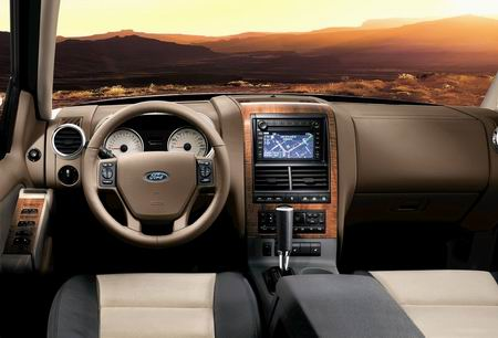 Ford Explorer 2007 con célula de combustible de hidrógeno