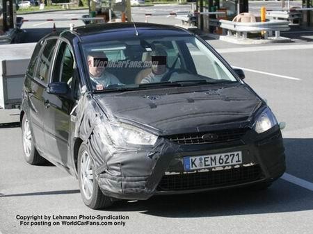 Fotos espía del restyle del Ford Focus C-Max