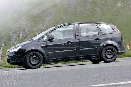 Ford C-MAX de siete plazas, recreación y fotos espía