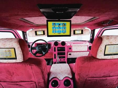 Monstruo en rosa, un Hummer diferente