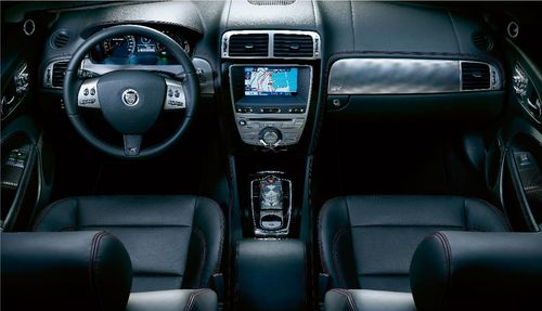 Jaguar XK y XK-R, lavado de cara y nuevos motores