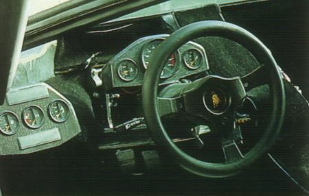 Lamborghini Countach Evoluzione, un laboratorio sobre ruedas