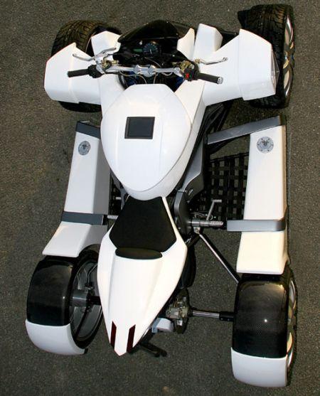 Lazareth Quadrazuma, una moto de 4 ruedas