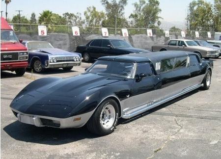 La limusina Corvette de Los Hombres Misteriosos