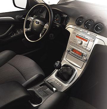 Ford Focus S-Max interior