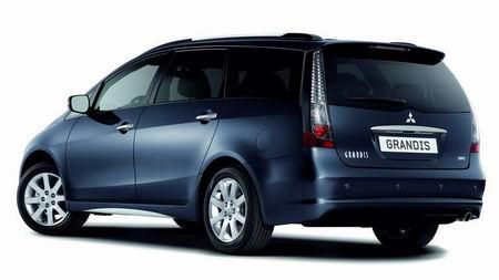 Mitsubishi Grandis DI-D Zen