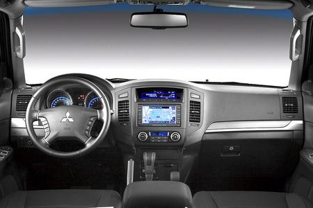Mitsubishi Montero 2010 Interior. Nuevo Mitsubishi Montero