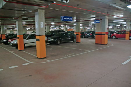 Sobre la problemática del aparcamiento urbano