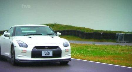 Porsche 911 Turbo contra Nissan GT-R, duelo Alemania-Japón en Fifth Gear