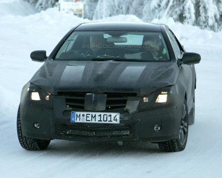 Fotografía espía frontal Mercedes CLK 2009 pruebas de invierno