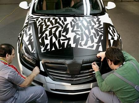 Los secretos del camuflaje de coches, según Opel