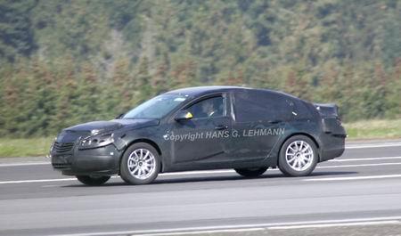 Fotos espía del Opel Vectra 2010
