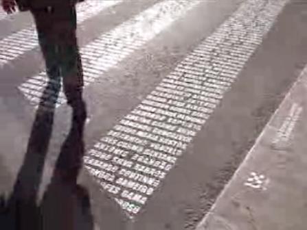 Pasos de cebra en Lisboa con los nombres de los fallecidos