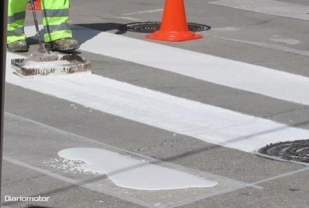 Cómo se pintan los pasos de cebra