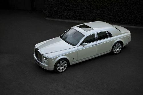 Rolls Royce Phantom White Pearl por Project Kahn