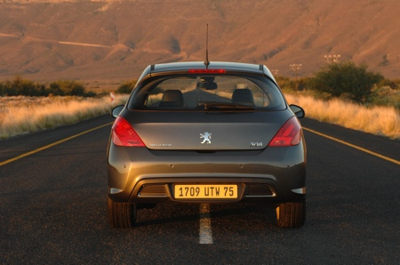 Nuevos datos y fotos del Peugeot 308