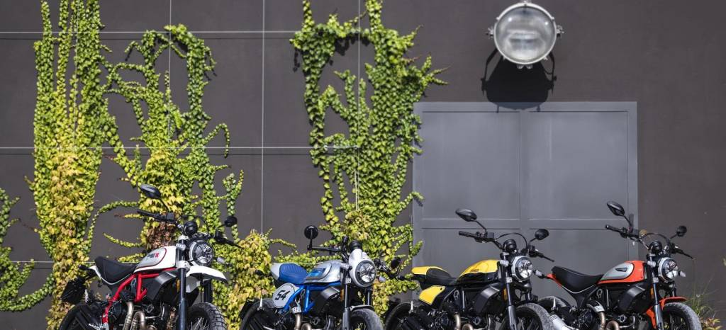 Las Ducati Scrambler Cafe Racer, Desert Sled y Full Throttle ahora tienen un nuevo acabado