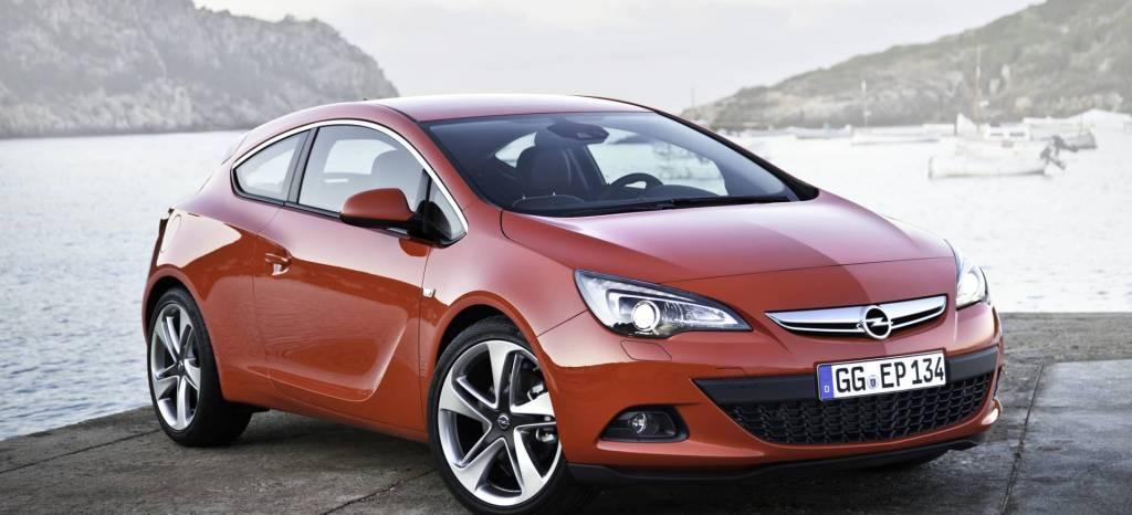 Los compactos de 3 puertas están en peligro de extinción y tienes un Opel GTC por 19.200 euros