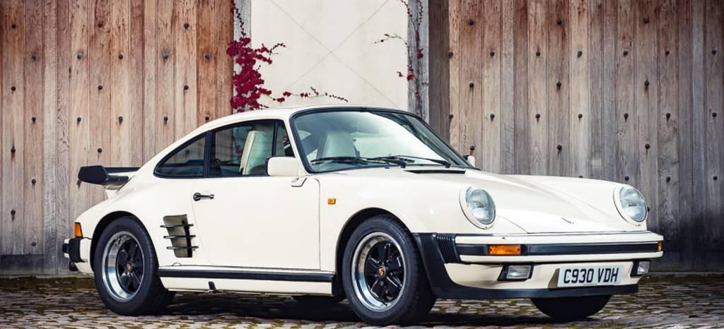"""Este Porsche 911 Turbo inspiró el disco """"Turbo"""" de Judas Priest y ahora sale a subasta y puede ser tuyo"""