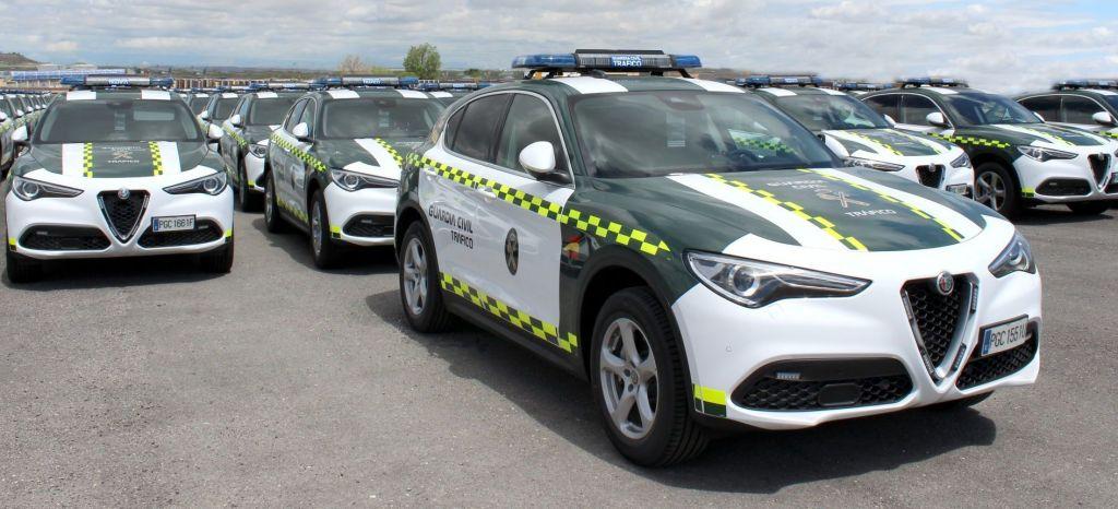 La Guardia Civil patrullará las carreteras con 97 nuevos Alfa Romeo Stelvio… de gasolina