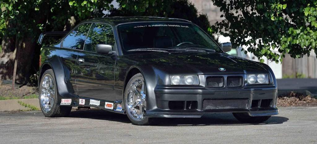 ¿Por qué nadie compra ya este ilustre BMW 323is que apareció en la película de 2 Fast 2 Furious?